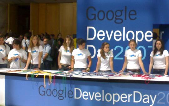 azafatas del Google Developer Day